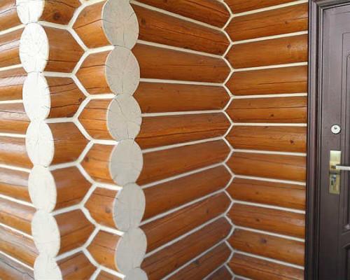 Заделка швов в деревянном доме герметиком