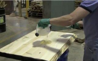 Защита древесины от влаги с помощью жидкого стекла