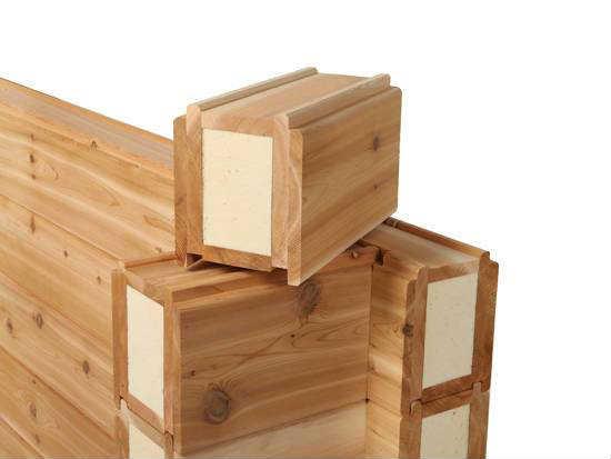 сечение деревянного бруса замкнутого профиля с теплоизоляцией внутри