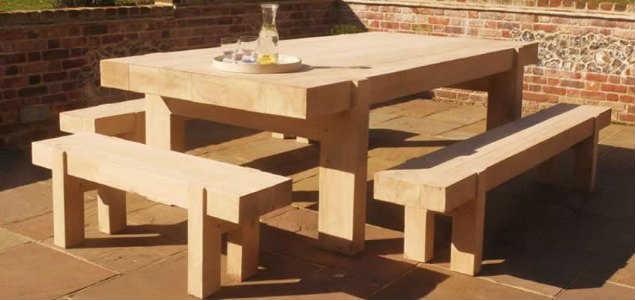 Стол и лавки из бруса дуба